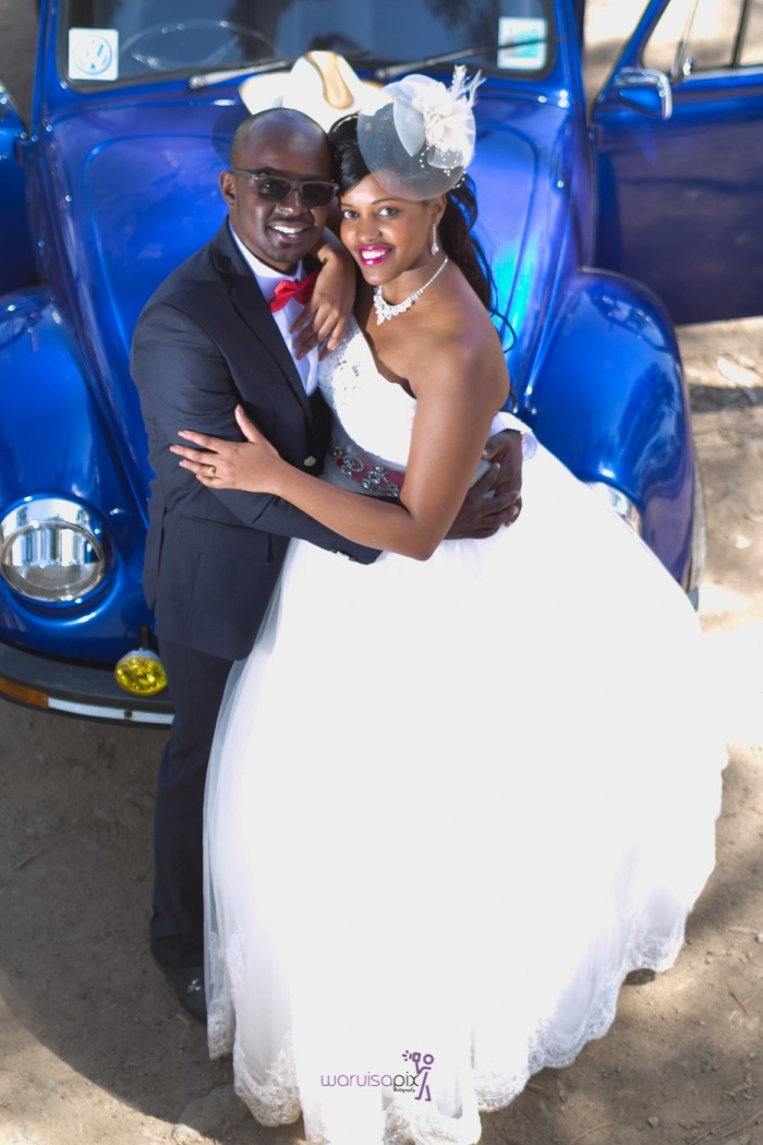 a vintage kenyan wedding with a random vw beetle and kombi convoy by kenya's top wedding photographer waruisapix-116