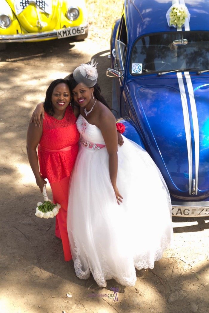 a vintage kenyan wedding with a random vw beetle and kombi convoy by kenya's top wedding photographer waruisapix-124