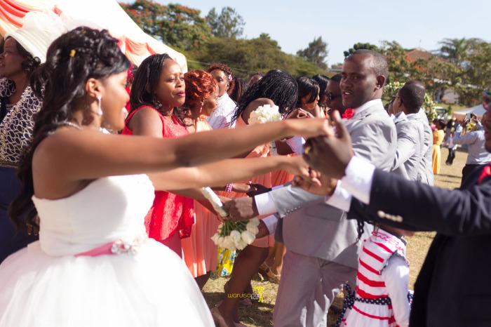 a vintage kenyan wedding with a random vw beetle and kombi convoy by kenya's top wedding photographer waruisapix-140
