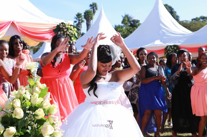 a vintage kenyan wedding with a random vw beetle and kombi convoy by kenya's top wedding photographer waruisapix-152