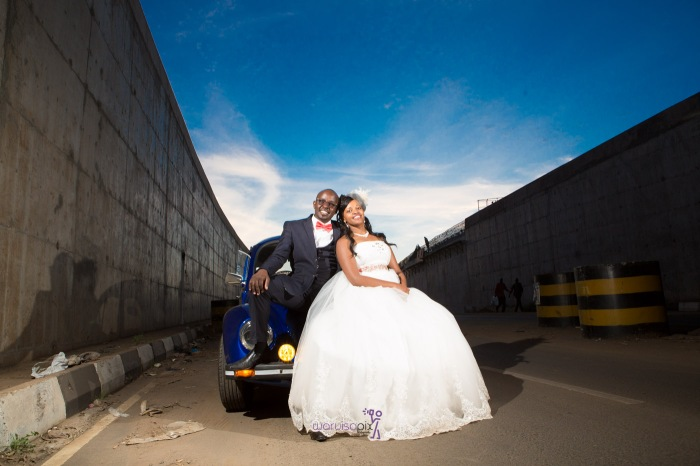 a vintage kenyan wedding with a random vw beetle and kombi convoy by kenya's top wedding photographer waruisapix-171