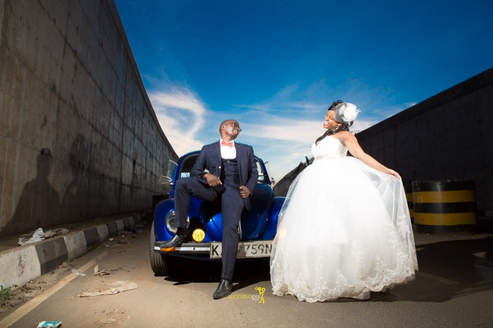 a vintage kenyan wedding with a random vw beetle and kombi convoy by kenya's top wedding photographer waruisapix-172
