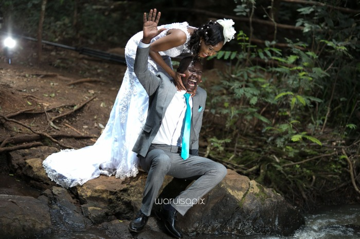 edith-and-tim-wedding-blog-by-waruisapix-lovely-colors-fresh-ideas-and-lots-of-fun-garden-wedding-and-photoshoot-in-a-forest-karura-by-waterfall-92