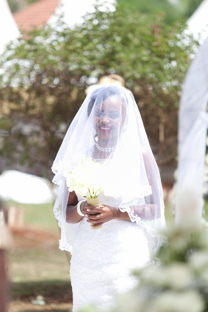 Henry and Sue Wedding Blog by Waruisapix Kenya's top photographer with vintage vw beetles -9047