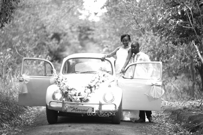 Henry and Sue Wedding Blog by Waruisapix Kenya's top photographer with vintage vw beetles -9096