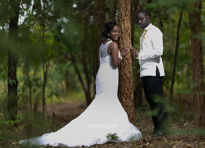 Henry and Sue Wedding Blog by Waruisapix Kenya's top photographer with vintage vw beetles -9109