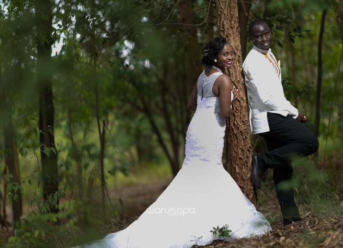 Henry and Sue Wedding Blog by Waruisapix Kenya's top photographer with vintage vw beetles -9110