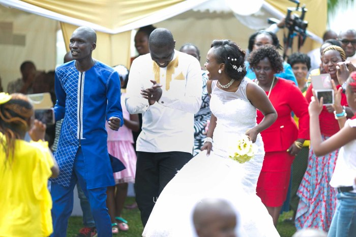 Henry and Sue Wedding Blog by Waruisapix Kenya's top photographer with vintage vw beetles -9133