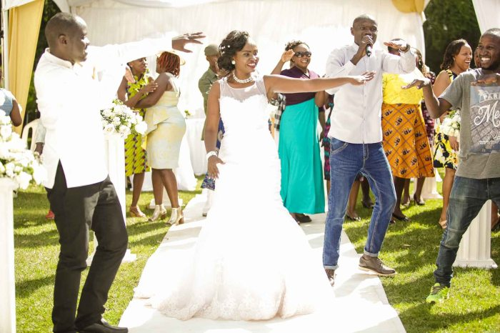 Henry and Sue Wedding Blog by Waruisapix Kenya's top photographer with vintage vw beetles -9137