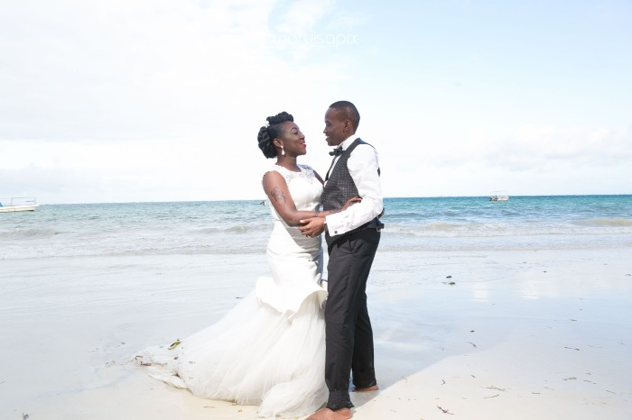 Nelly and Rafo destination wedding at mombasa kenya beach front most fun shot by waruisapix photographer SGR -193